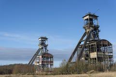 Ejes viejos de la mina de carbón fotos de archivo libres de regalías