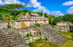 Ek Balam玛雅考古学站点 古老玛雅人金字塔和芮 免版税库存照片