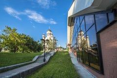 Ekaterinburg 房间忽略寺庙在血液的无产者的剧院街道 免版税库存图片