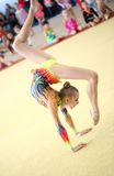 EKATERINBURG - 13 AVRIL : Leçon de démonstration à la concurrence de gymnastique rythmique de la jeunesse Images stock