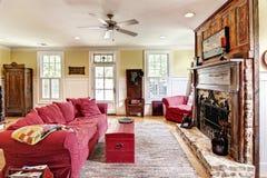 eklektisk livingroom Fotografering för Bildbyråer