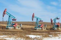 Ekologia, bionomics dzień Czerwiec Kazakhstan miesiąc olej pompuje western Przemysł paliwowy equipment Belkowata pompa fotografia royalty free