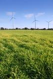 ekologiczni elektrycznej energii łąki wiatraczki fotografia royalty free
