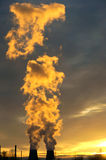 ekologii przemysłu elektrowni thermal Obrazy Royalty Free