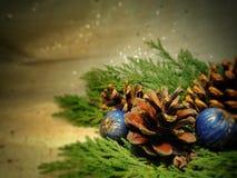 ekologiskt trä för julgarneringar Royaltyfria Foton
