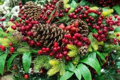 ekologiskt trä för julgarneringar jul min version för portföljtreevektor Arkivbilder