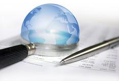 Ekonomisk framtidsutsikt för värld Arkivfoto