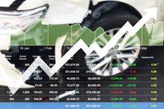 Ekonomisk investering som är lyckad på rapport för analys för bilförsäkring Arkivbilder