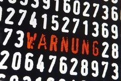 Ekran komputerowy z warnung liczbami na czarnym backgroun i tekstem royalty ilustracja