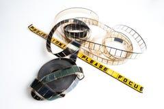 Ekranowa rolka: projectionist zadawala ostrość zdjęcie royalty free