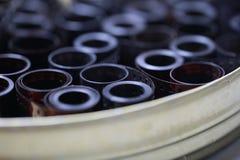 Ekranowi archiwum negatywy w round metal puszce fotografia royalty free