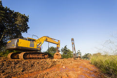 Ekskawatoru kosza budowy Dźwigowe maszyny zdjęcie royalty free