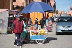 El女低音镇拉巴斯地区,玻利维亚街道  免版税库存图片