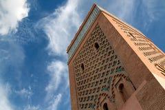 El曼索清真寺尖塔,马拉喀什,摩洛哥 免版税库存照片