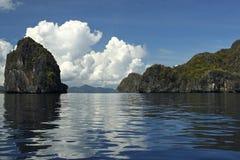 el石灰岩地区常见的地形nido palawan菲律宾海景 库存照片