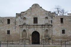 El Álamo - el frente del Álamo en San Antonio, Tejas fotografía de archivo libre de regalías