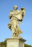 El ángel con el Sudarium imagenes de archivo