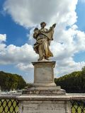 El ángel con el Sudarium foto de archivo