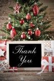 El árbol de navidad nostálgico con le agradece imágenes de archivo libres de regalías