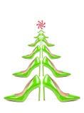 El árbol de navidad recogió de los zapatos aislados en concepto de la venta del Año Nuevo blanco, Foto de archivo