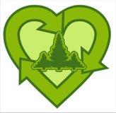 El árbol en forma de corazón recicla insignia Imagen de archivo