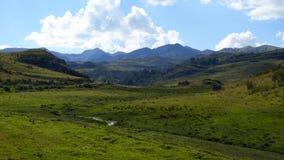 El área de Cuzco outskirts la naturaleza y paisajes almacen de metraje de vídeo