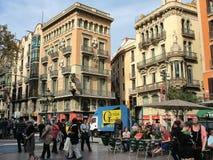 El área del La Boqueria en la Rambla por la tarde, Barcelona Imagenes de archivo