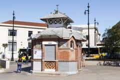 """El †""""Cais de Lisboa hace el quiosco de Sodre Imagen de archivo libre de regalías"""