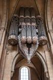 El órgano hermoso de la alta catedral de San Pedro - la iglesia alemana más vieja del Trier - la ciudad más vieja de fotografía de archivo