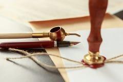 El último y testamento en el papel amarillento con el documento foto de archivo