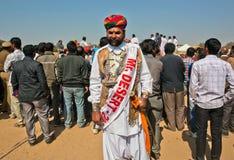 El año pasado ganador de Sr. indio de la competencia Desierto en Rajasthán Imagen de archivo