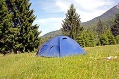 El acampar fotos de archivo