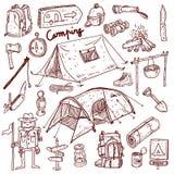 El acampar - colección de los garabatos Fotos de archivo libres de regalías