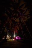 El acampar de la noche Imágenes de archivo libres de regalías