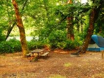El acampar de la tienda Imagen de archivo