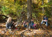 El acampar y comida campestre Imagen de archivo libre de regalías