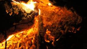 El acampar y fuego Foto de archivo