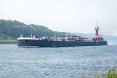 El aceite de doble casco barge adentro el canal de Cape Cod Fotografía de archivo