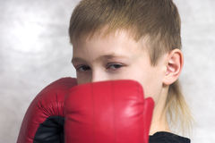 El adolescente-boxeador Fotografía de archivo