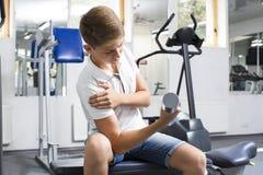 El adolescente del muchacho entra para los deportes Foto de archivo