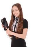 El adolescente sonriente del estudiante que muestra una tableta exhibe applicatio Imagen de archivo