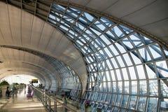 El aeropuerto de Suvarnabhumi (BKK) es el eje principal para Thai Airways foto de archivo