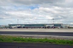 El aeropuerto internacional de Aeropuerto Daniel Oduber Quiros LIR en Costa Rica foto de archivo libre de regalías