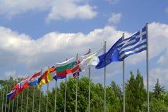 El agitar de las banderas de países europeos Fotografía de archivo