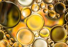 El agua burbujea luz abstracta Imagen de archivo libre de regalías