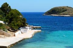 El agua de la playa y de la turquesa en Mallorca Fotografía de archivo
