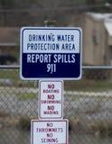 El agua peligro señal adentro el huracán Virginia Occidental Fotografía de archivo libre de regalías