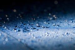 El agua potable cae macro Fotografía de archivo libre de regalías