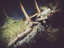 El agua resuelve la hierba Fotos de archivo libres de regalías