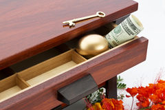 El ahorro decisivo es dominante a las finanzas elegantes Foto de archivo libre de regalías